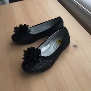 Rampage girls black sparkle shoes size 13